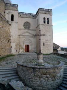 Collégiale Saint Sauveur